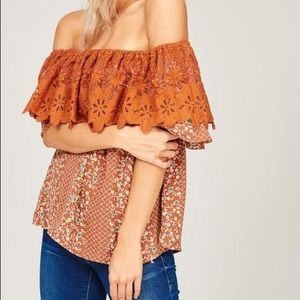 Tops - Off shoulder lace top